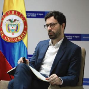 Hugo A. Bahamón Fernández, Director, Dirección de Política y RegulaciónMinisterio de Vivienda, Ciudad y Territorio